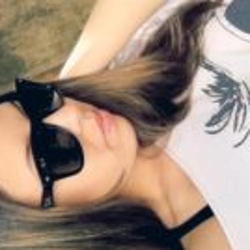 Gabrielle Velho's avatar