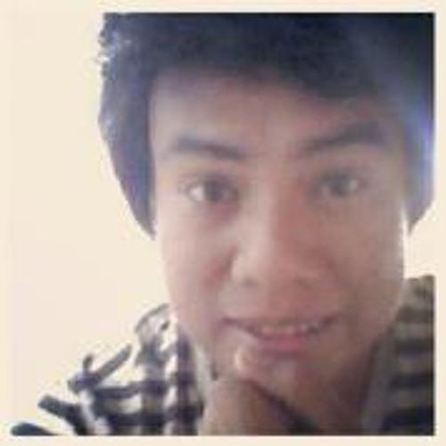 Lynard Echinuque's avatar