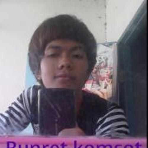 Bunret Komsot's avatar