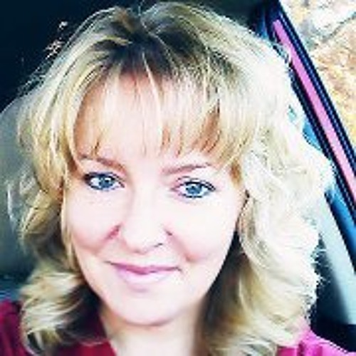 Lynnette Brass Pettitt's avatar