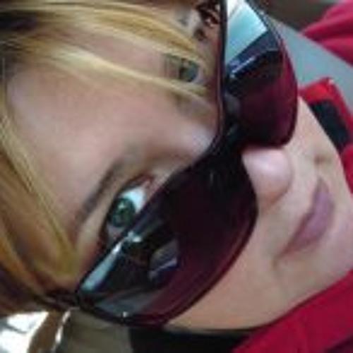 Dina Dadian's avatar