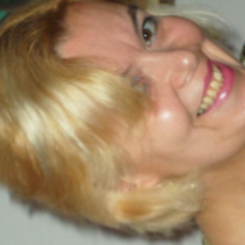 Fátima Gouveia's avatar