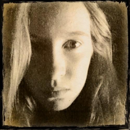 Ennen's avatar