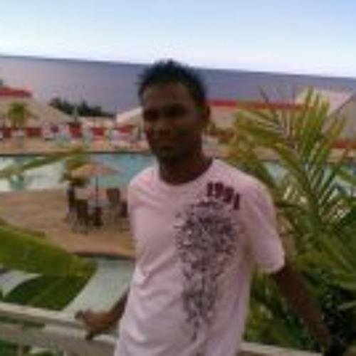 Ravindra Sinanan's avatar