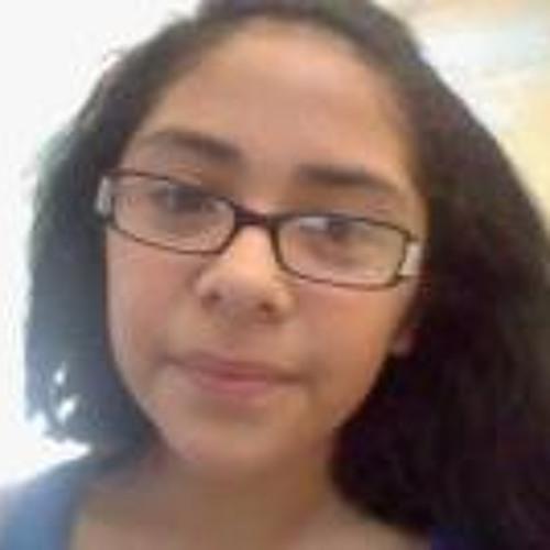 Isabella Rosales's avatar