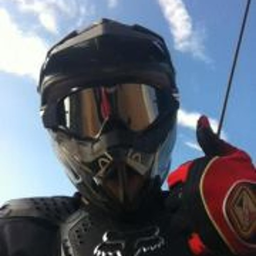 Logan Miller 17's avatar