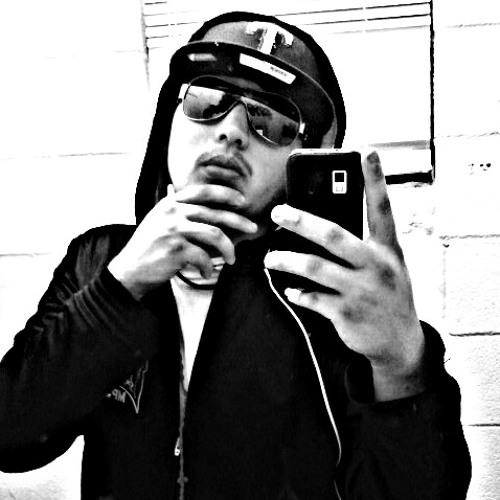 luisesparza95's avatar