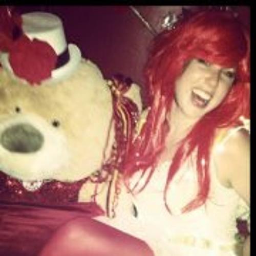 Lindsay MacDougall's avatar