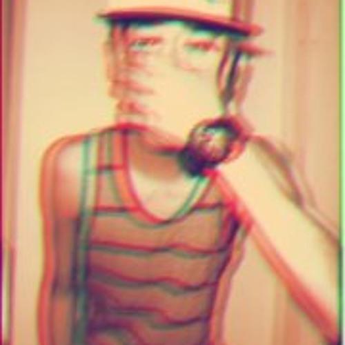 Daniel Montalbo M's avatar