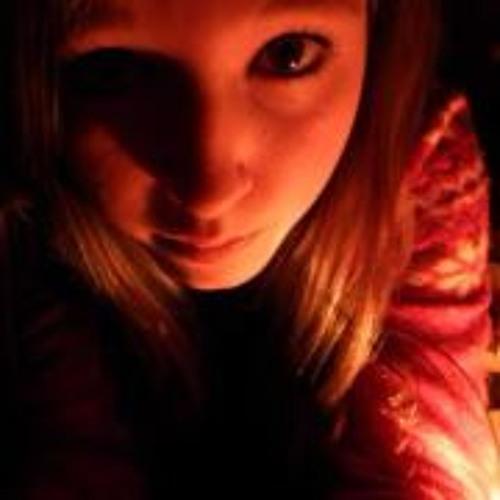 Lucy Swift's avatar