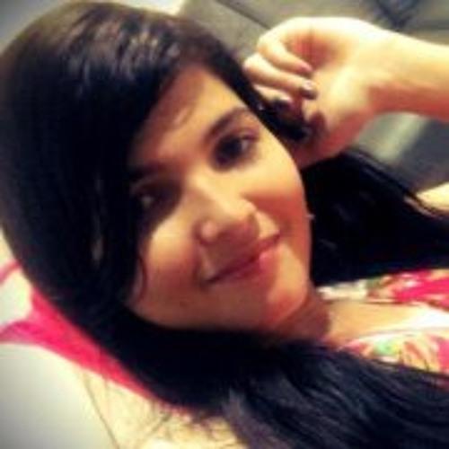 Stella Rodrigues 1's avatar