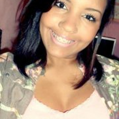 Graziele Pinheiro's avatar