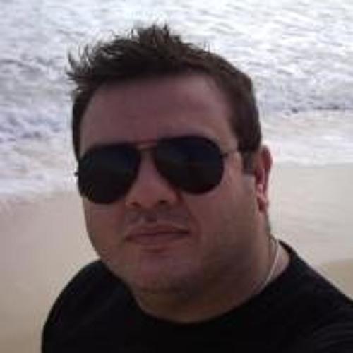 Webster Moraes's avatar