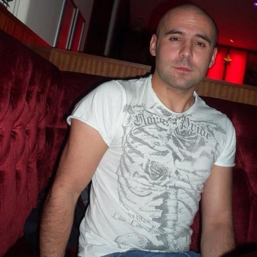 chet2012's avatar