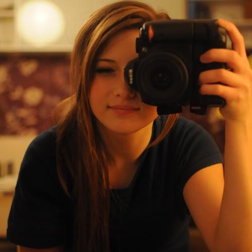 Ena Fink's avatar