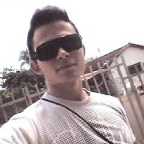 Eduardo Eller's avatar