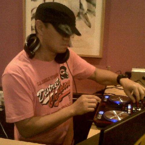 DJ Dhada's avatar