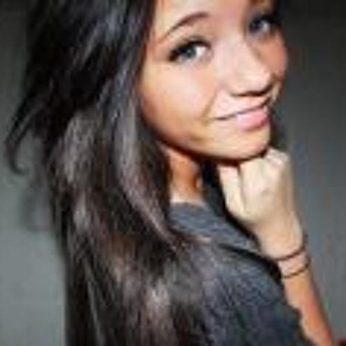 Megan nihart's avatar