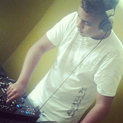 DJ Dan Biispo's avatar