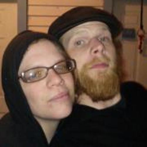 Emily Jones 48's avatar