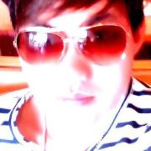 Chris Lavon's avatar