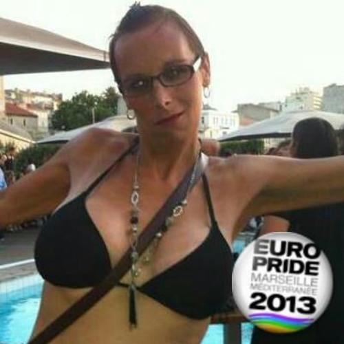 Naouelle13's avatar