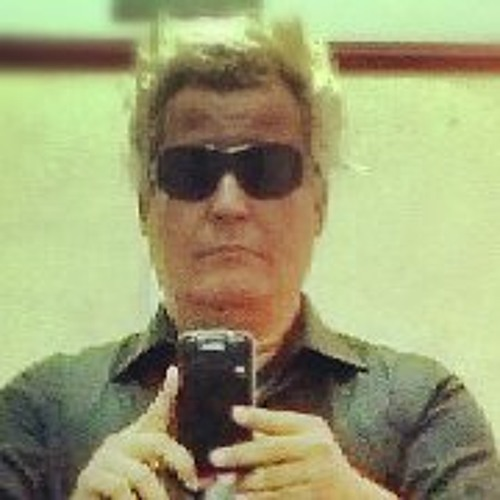 Domingos Santana Junior's avatar