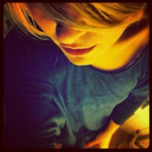 annamoiselle's avatar