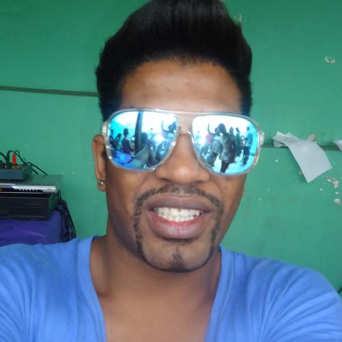 llulla40's avatar