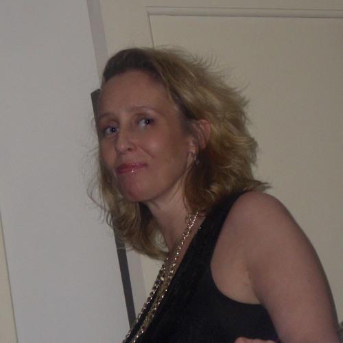 queenvic's avatar