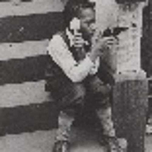 Gary Grand€'s avatar
