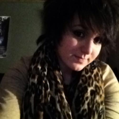 ello_kittii's avatar