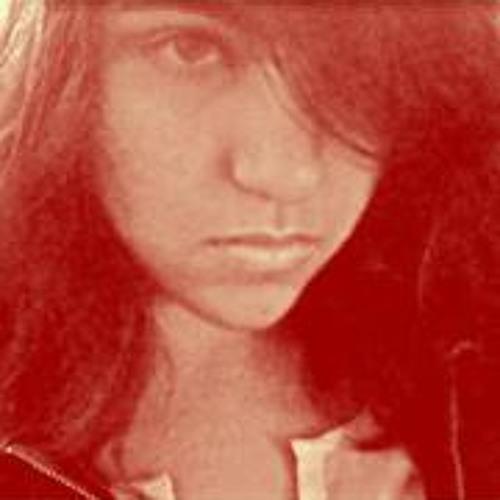 Isra Amri's avatar