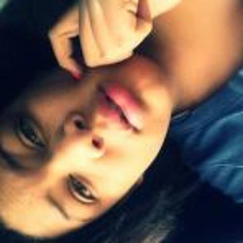Carlasha<3's avatar