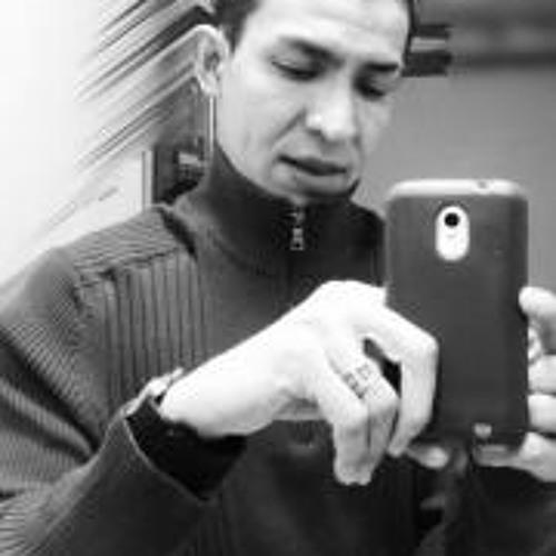 E Adonay Lovo's avatar