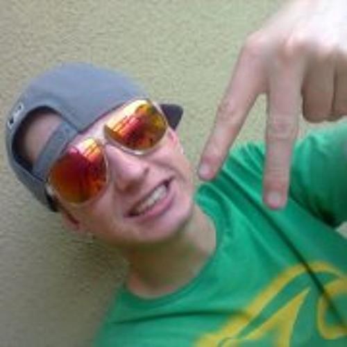 Lucas Prado 16's avatar