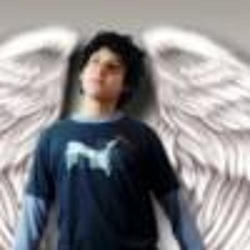 Carlos Mesut Quintero's avatar
