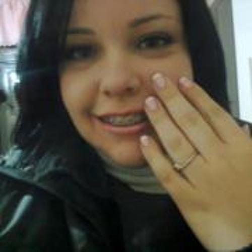 Mariana Prado 6's avatar