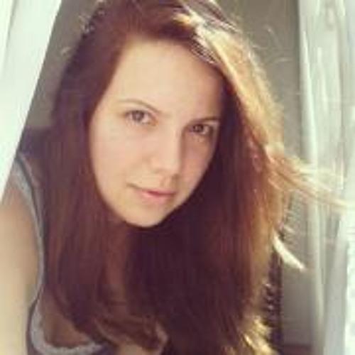 Camila Borges 12's avatar