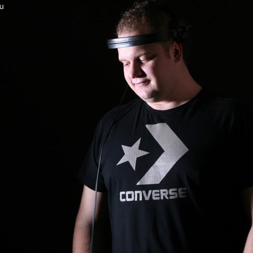 DJTompi's avatar