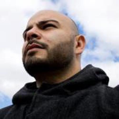 Christopher Vázquez 6's avatar