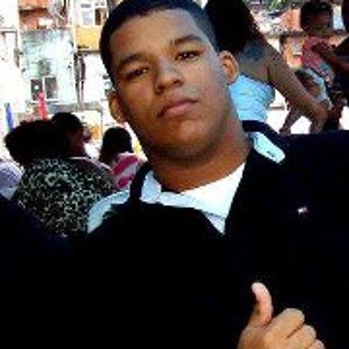 Rafaael Santos's avatar