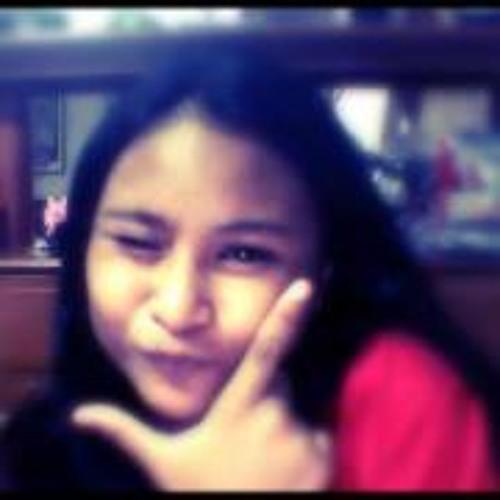 Juliana Tabon's avatar