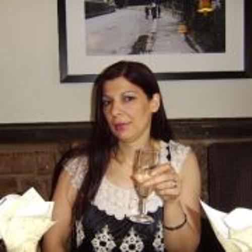 Roma Walsh's avatar