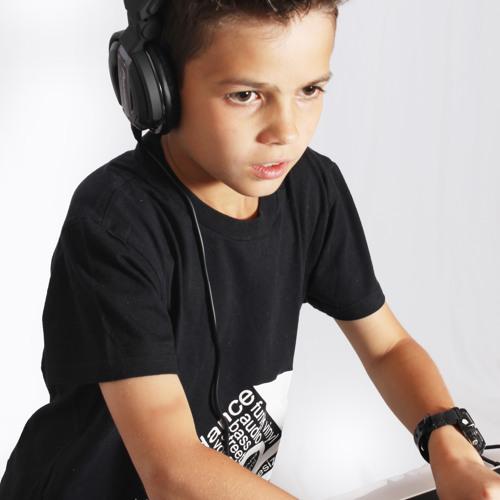 djdylansa's avatar