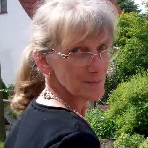 Shirley Hockling's avatar