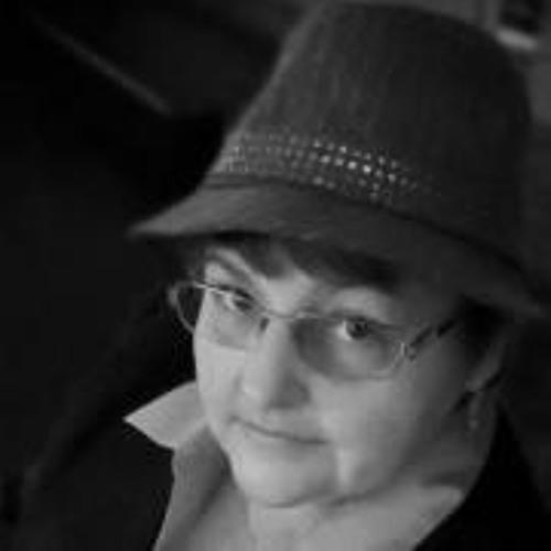 Lucy LeBlanc's avatar