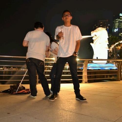Anwar or Away's avatar
