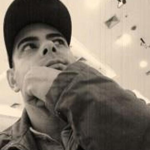 Hugo Vitor's avatar