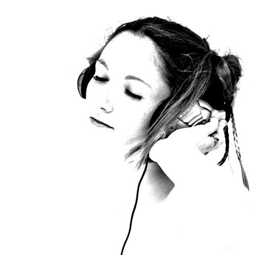 Nourhan RefǮat's avatar